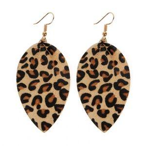 Trendy Leopard Earrings